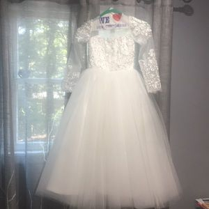 Other - Never worn flower girl dress with pearl detail